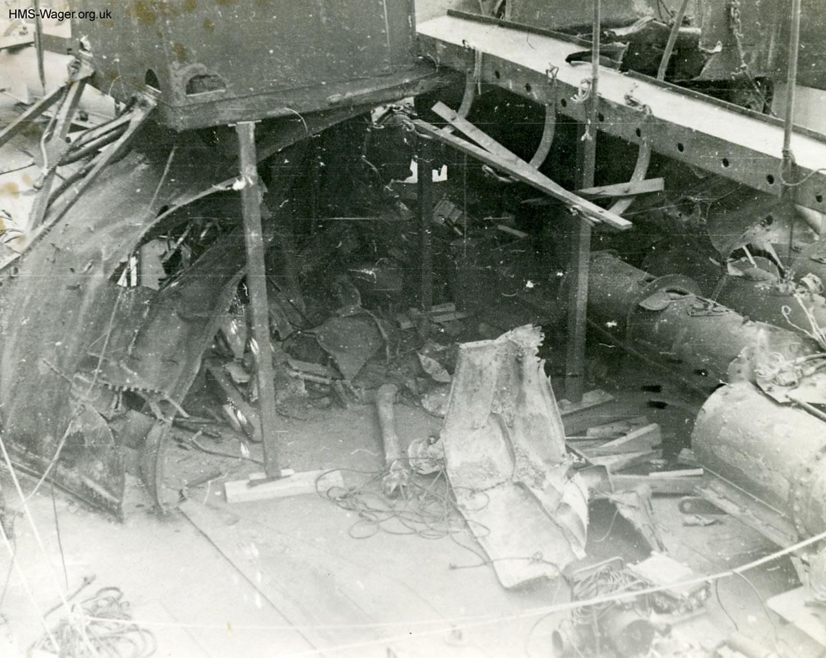 HMS Kempenfelt Explosion
